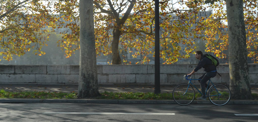A cyclist in Brussels/Un cycliste